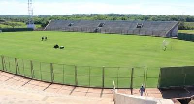 Estadio de fútbol construido por Yacyretá podrá ser sede de competencias a partir del 2020