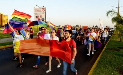 Rechazan apelación de rechazo de amparo contra marcha LGTBI