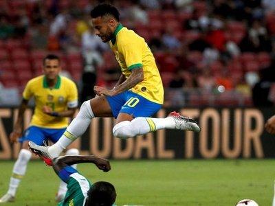 Brasil no pasa del empate ante Senegal