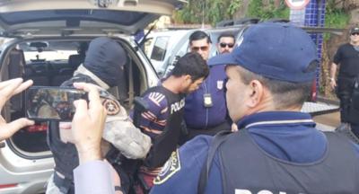 Expulsan a brasileño condenado en su país a 100 años de cárcel