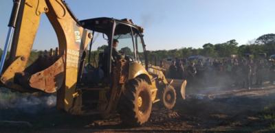 Desalojan a 150 familias en Luque