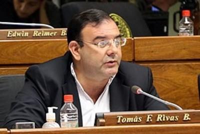 Fiscalía prepara acusación contra Tomás Rivas