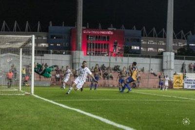 Libertad segundo equipo clasificado a semifinales de la Copa Paraguay