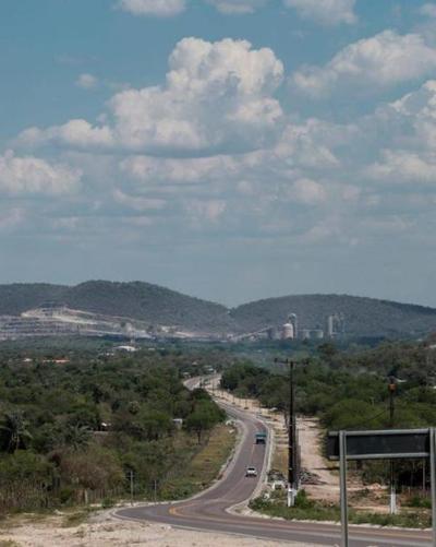 Gobierno inaugura asfaltado del tramo Vallemí-San Lázaro que beneficia a 250 mil pobladores