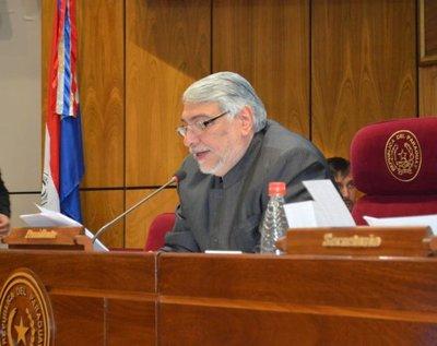 Lugo asegura que pedofilia en la Iglesia debe tratarse con misericordia