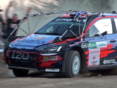 El Transchaco Rally arranca con unos minutos de retraso