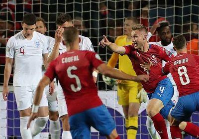Inglaterra aplaza su clasificación