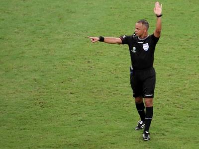 Un brasileño para la revancha entre Boca Jrs. y River Plate