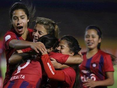 Cerro Porteño debuta con gran victoria en la Libertadores femenina
