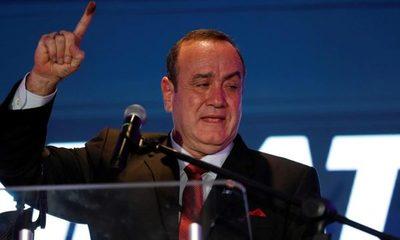 Maduro impidió el ingreso a Venezuela del presidente electo de Guatemala