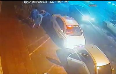 Imputan a taxistas que agredieron a chofer de Uber