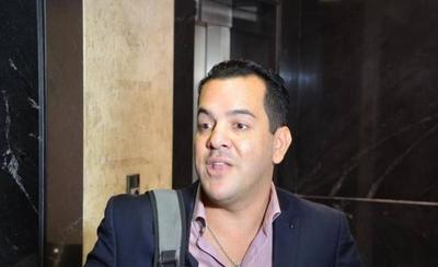 HOY / Friedmann, el ministro de Marito que trabaja 4 horas al día