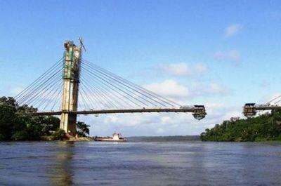 Destacan satisfacción por distribución equitativa de la construcción de puentes