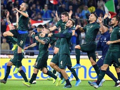 Italia vence a Grecia y pone rumbo a la Eurocopa