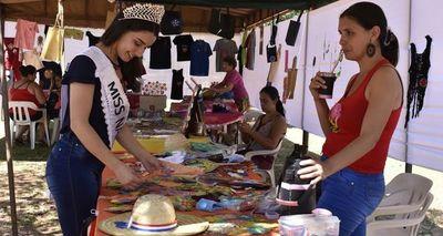 Fiesta del Ñandutí en Itauguá