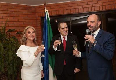 """Italia condecora a Felipe Cogorno con la """"Orden de la Estrella Italiana"""""""