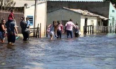 De subir el río unas 1.000 familias seria afectadas