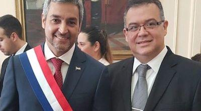 Jefe de gabinete de la presidencia Julio Ullón seria candidato a Intendente de Asunción