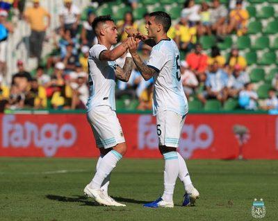 Argentina desta su furia ante Ecuador