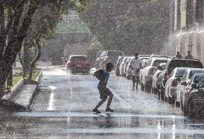 Inicio de semana laboral cálido con lluvias y ocasionales tormentas