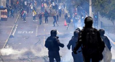Ecuador deroga un paquete de reformas económicas para terminar con el conflicto