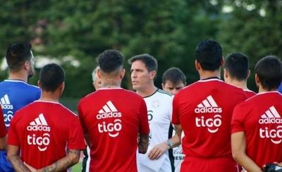 """HOY / Berizzo opina que empate con Eslovaquia le deja """"conclusiones positivas"""""""