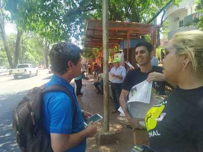 Cruzada Nacional entrega semillas de árboles a cambio de afiliación
