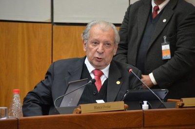 Kalé critica la gestión de la comunicación presidencial y del Mitic