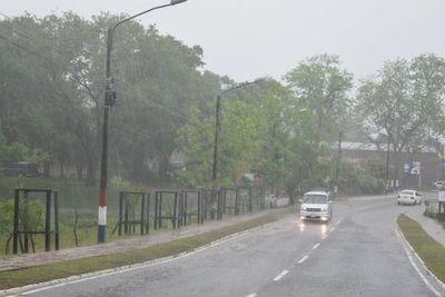 Torrencial lluvia en distritos de Misiones