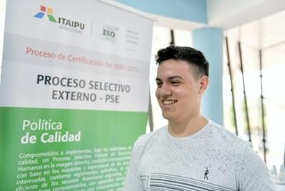 Más de 3.200 postulantes para cargos en Itaipu