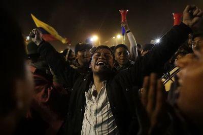 Ecuador queda herido por su peor crisis en décadas
