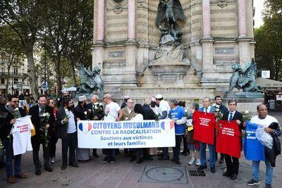 Cinco detenidos por atentado en la prefectura de París