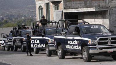 Al menos 14 policías estatales muertos en una emboscada narco en México