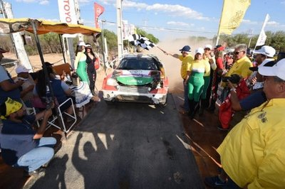 Transchaco Rally: Ale Galanti se une al grupo de los más laureados