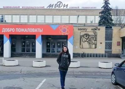 El primer día de clases de la joven que fue a estudiar física nuclear a Rusia
