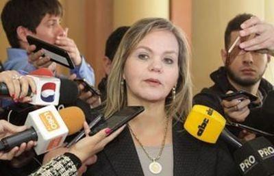 Lilian Samaniego insta a organismos judiciales tomar medidas contra magistrados