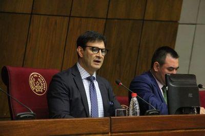 Silvio Ovelar presidirá la Comisión de presupuesto 2020