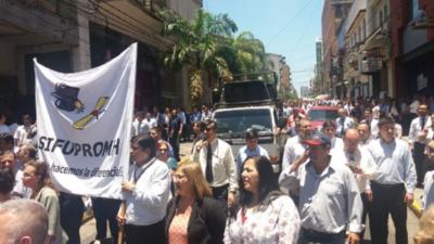 Funcionarios de Hacienda analizarán si van o no a huelga