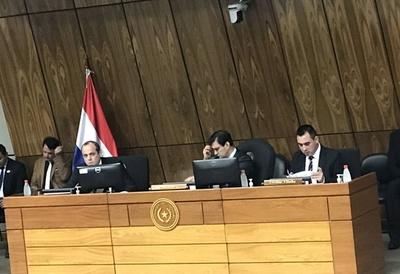 """Contraloría detecta niveles """"preocupantes"""" de malversación de Fonacide en municipalidades"""