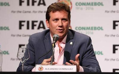 """Domínguez responde a quienes dicen que """"la Conmebol es de River"""""""