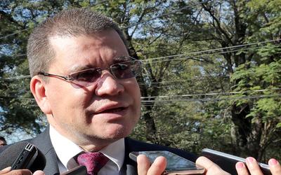 Legislador cuestiona ampliación presupuestaria a Petropar
