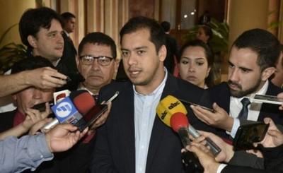 Prieto anuncia que irá por la reelección