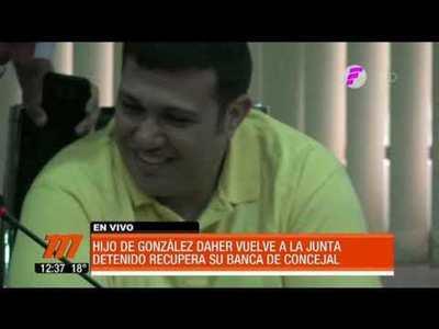 Hijo de González Daher vuelve a la Junta