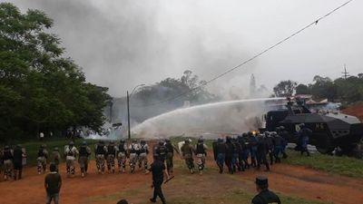 Policía realiza segundo despeje de ruta, esta vez en Coronel Oviedo