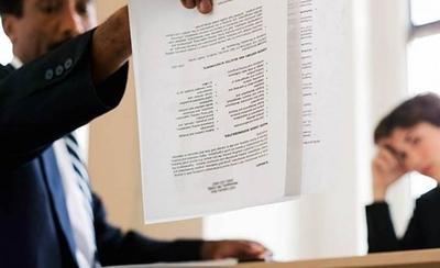 HOY / Logran acuerdo para evitar que empresas revisen Informconf de candidatos a un puesto laboral