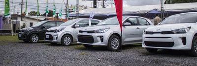 Segmento de automóviles lidera la importación de vehículos 0Km