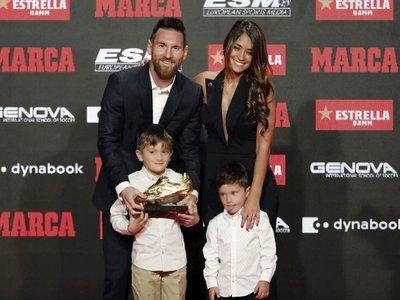 Messi recoge su sexta Bota de Oro y dedica al vestuario azulgrana