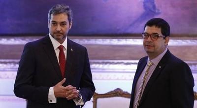 """HOY / Negociado en Itaipú: """"El punto de inicio se dio en el Palacio"""", revela senador"""