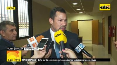 Quintana confirma candidatura a intendente