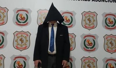 Detienen a funcionario de Diputados acusado de abuso sexual de niños